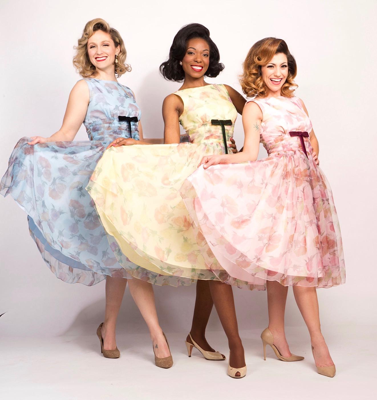 girlspresenting-dress