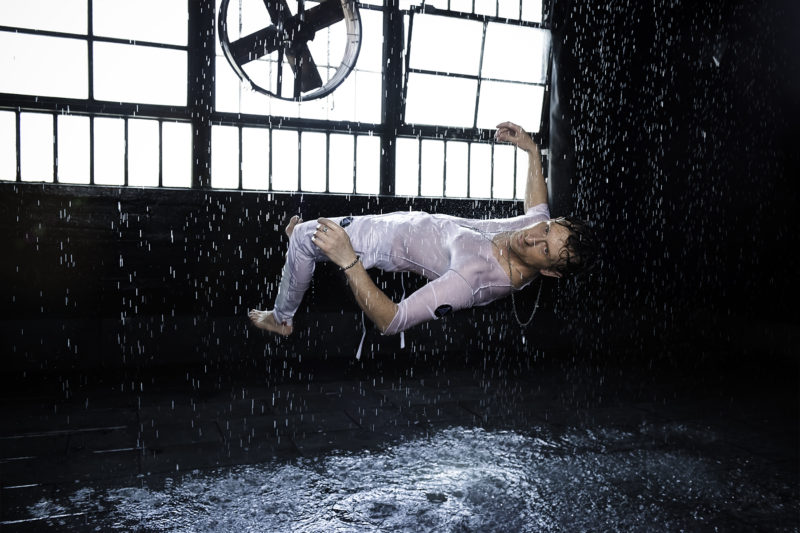 float-in-rain-final-6x4