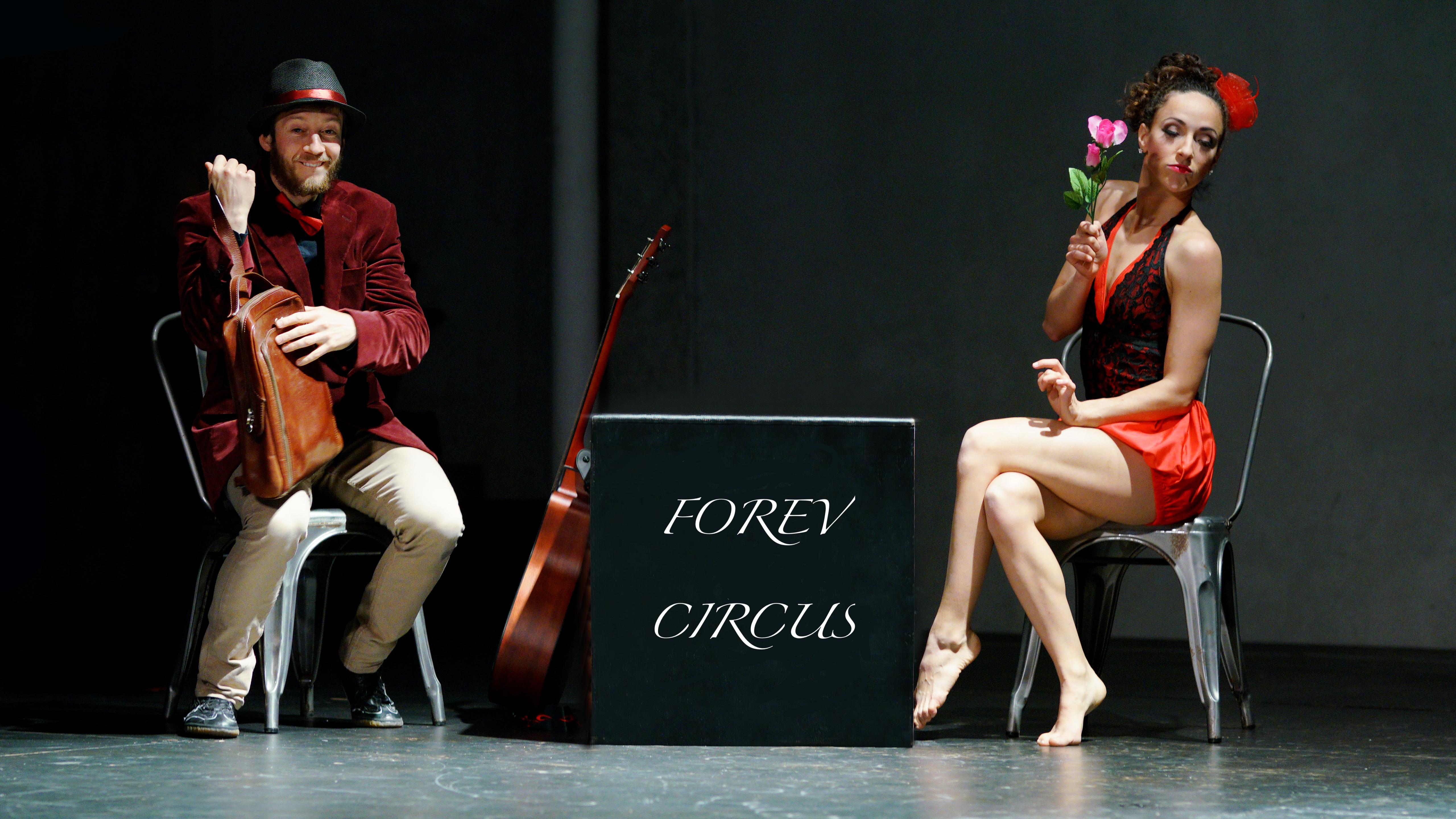 sante_sasha_forev-circus